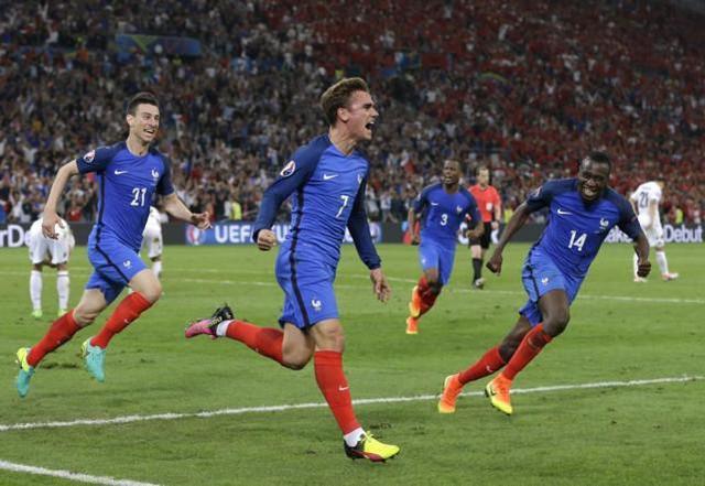 Frankrike VM drakt 2018